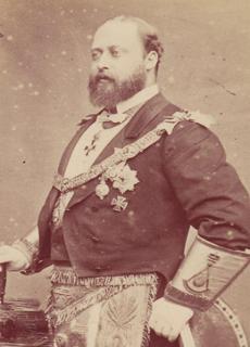 Edward VII in full masonic regalia.